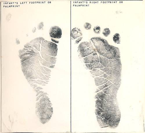 Ink foot prints of Jessica Nicole Wise born August 30, 1986 at 23:44 in Wiesbaden, Germany