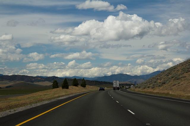 Hwy 5 heading into Oregon