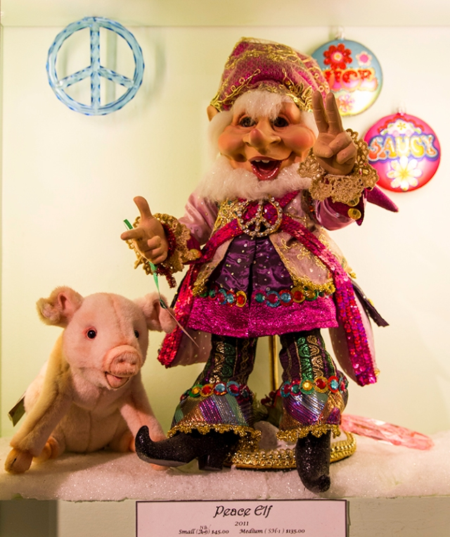 Peace Elf with Piggy