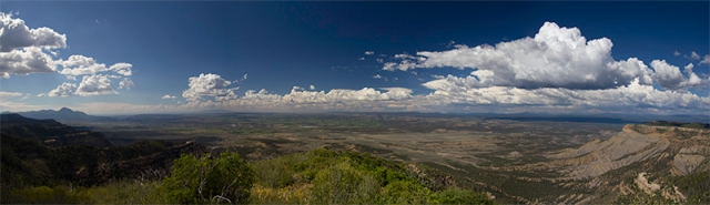 panorama at Park Point Overlook