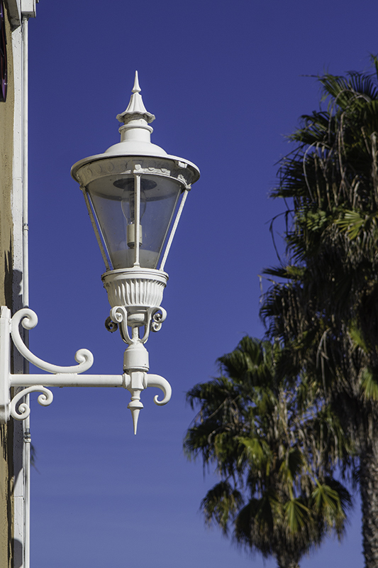 lampwall