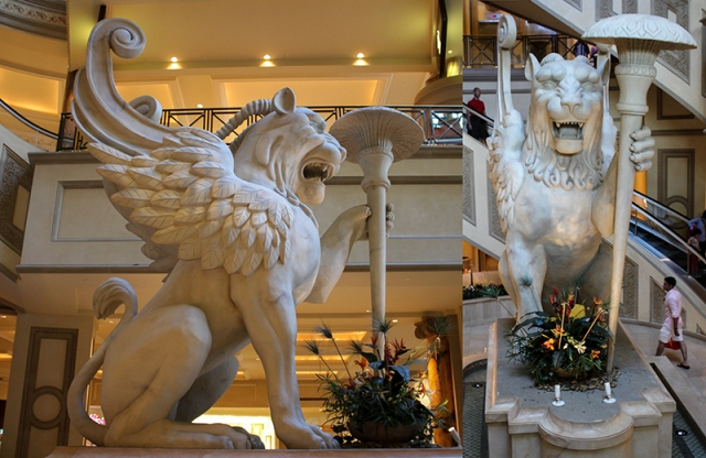 winged lion in Forum Shops