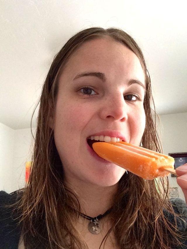 tangerine carrot popsicle - yummy!