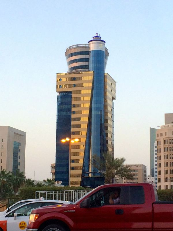Trust Tower, Diplomatic Area