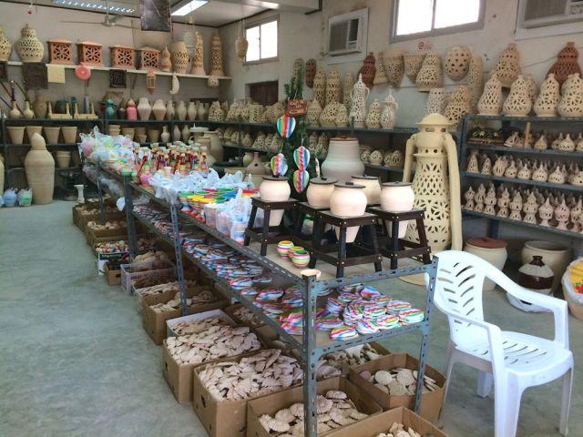 inside A'ali Pottery