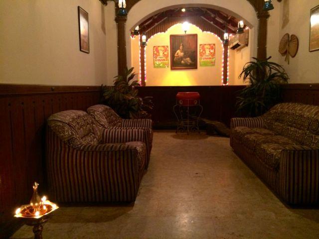 entrance to Nattinpuram restaurant