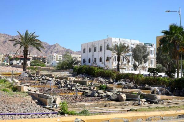driving into Aqaba