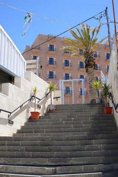 stairs in Karak