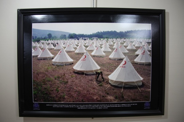 Red Crescent tents for the most damaged areas of earthquake disaster